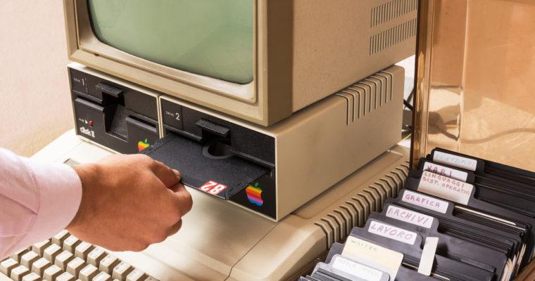old-computer-apple-macintosh-mac-760x400.jpg
